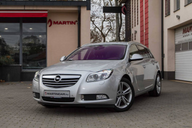 OPEL INSIGNIA Sports Tourer 2.0 CDTI Cosmo Start-Stop FULL Extra !! + FULL SERVICE !