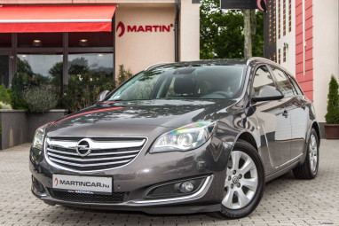 OPEL INSIGNIA Sports Tourer 2.0 CDTI EcoFlex Active Start Stop Technical Grey Edition !!