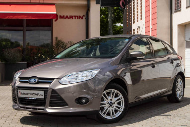 FORD FOCUS 1.0 EcoBoost Titanium 99g Sterling Gray Edition!!