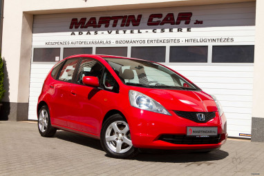 HONDA JAZZ 1.2 Trend Plus Power RED metallic Edition ++
