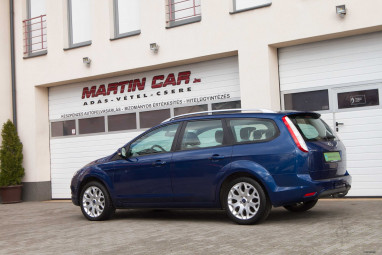 FORD FOCUS Tourer 1.8i Sport Power Blue Edition