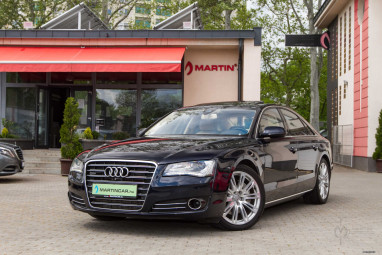 AUDI A8 3.0 V6 TDI DPF quattro Tiptronic ic Exclusive MoonLight Blue Edition ++